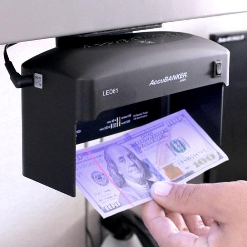 2-AccuBANKER LED61 bankjegyvizsgáló